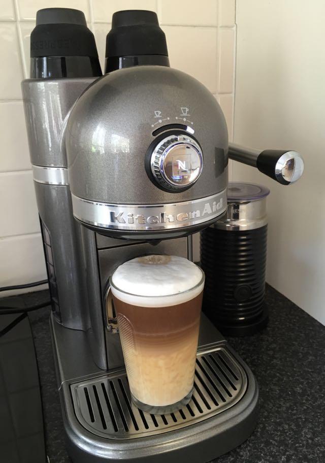 Kitchenaid Coffee Maker Kcm1202ob Reviews : Nespresso by KitchenAid review - the elegant machine for coffee lovers - Tech Guide