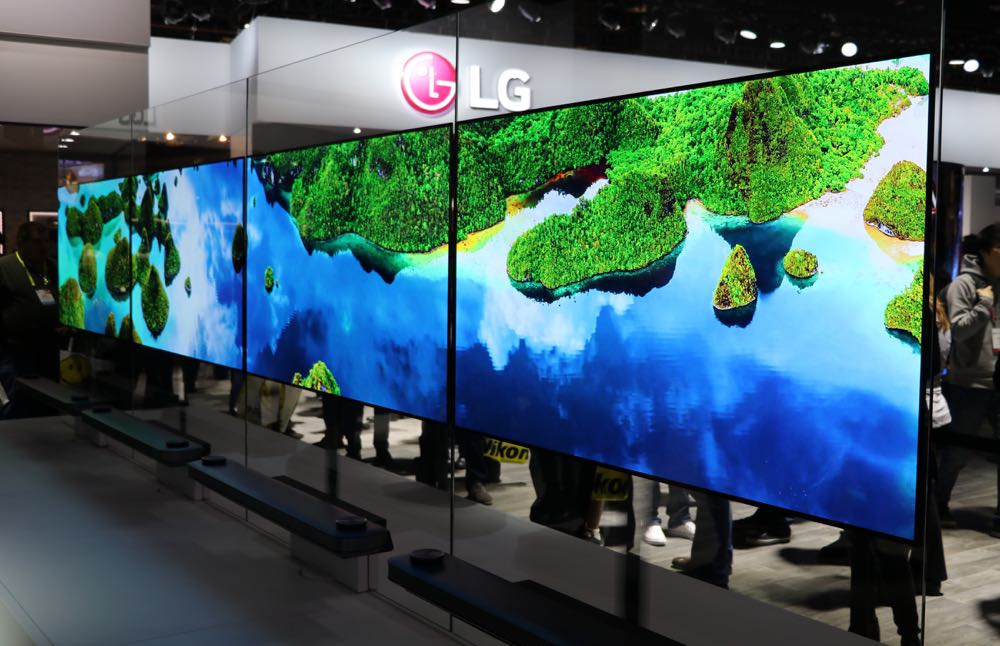 Our hands-on look at LG's incredible Signature W OLED ...