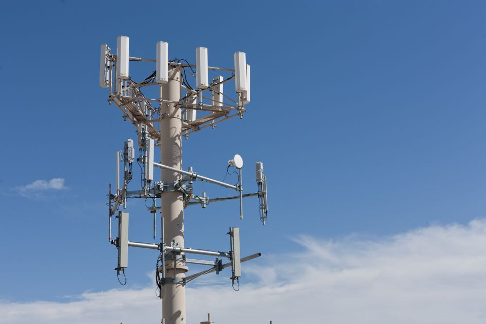 Telstra expands 4G coverage and activates its new smart network