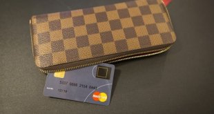 Mastercard unveils next-generation credit card with built-in fingerprint reader