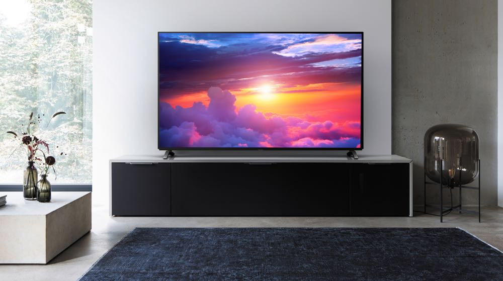 panasonic unveils 2017 tv range which includes four oled models tech guide. Black Bedroom Furniture Sets. Home Design Ideas