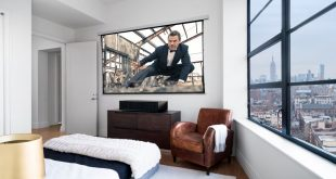 Sony's new ultra-short throw 4K projector beams 100-inch image from six inches away