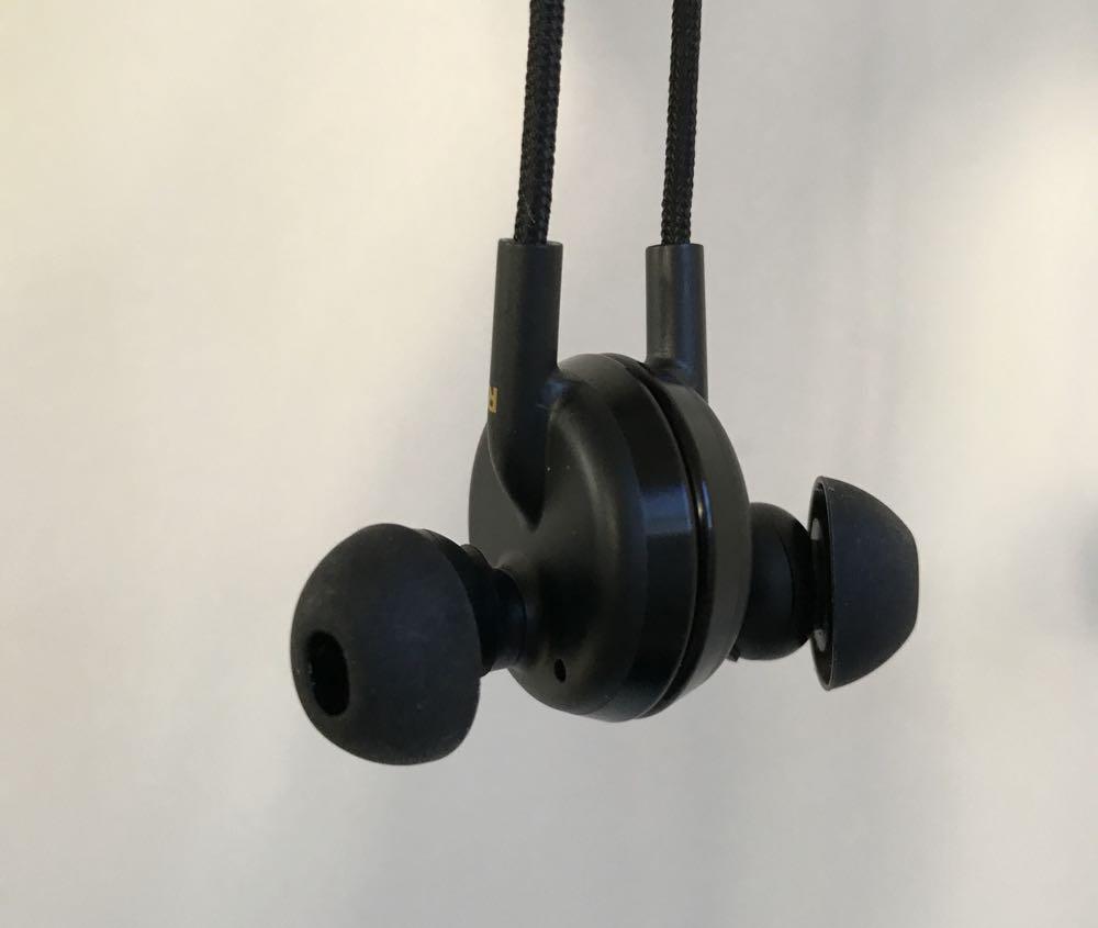 buttonsearphones7