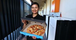 Domino's pizzas made with battery power from world's largest Tesla Powerwall 2 array