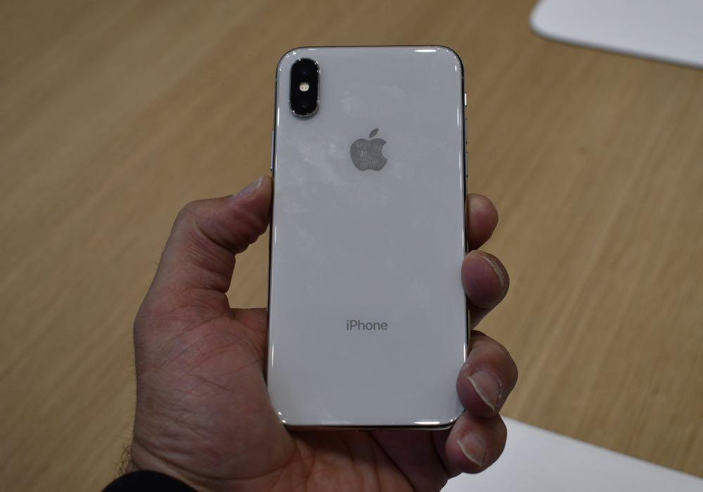 iphonexhandson2