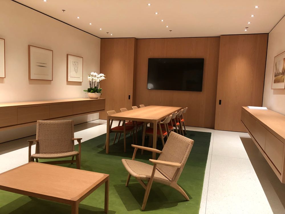 The Boardroom at the new Apple Chadstone Store for business customers and developers