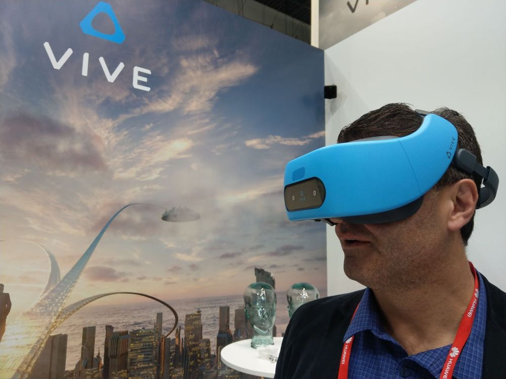 Tech Guide editor Stephen Fenech with the standalone HTC Vive Focus