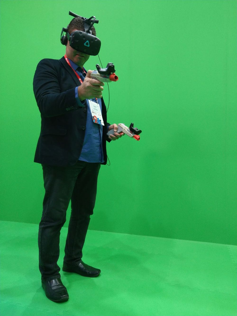 Tech Guide editor Stephen Fenech fighting off zombies with the HTC Vive Pro