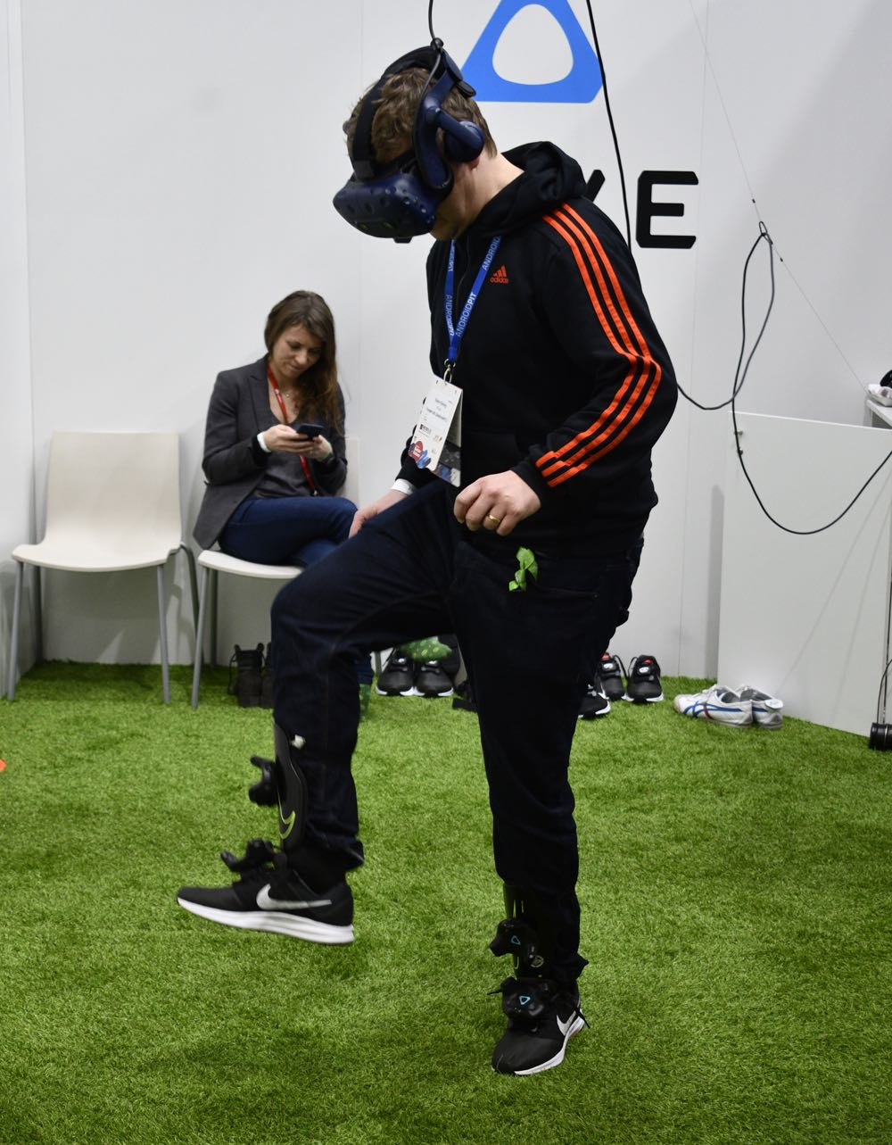 Soccer training with the HTC Vive Pro
