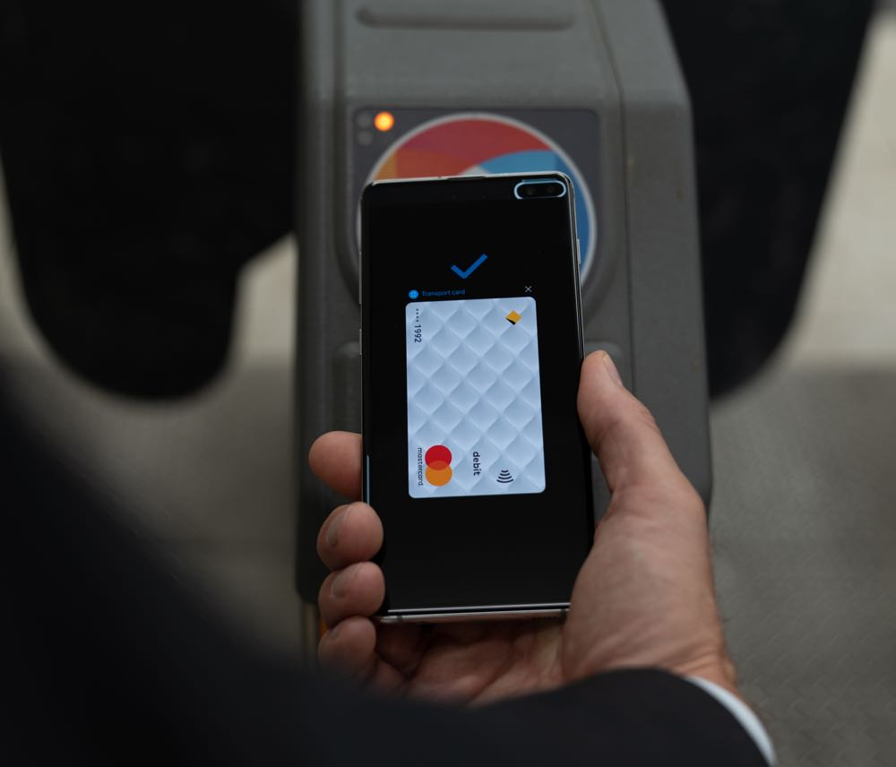 new styles 34d67 1f852 Commuters can now use Samsung Pay on their phone instead of an Opal ...