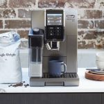 Create barista-quality coffee with one touch with the De'Longhi Dinamica Plus