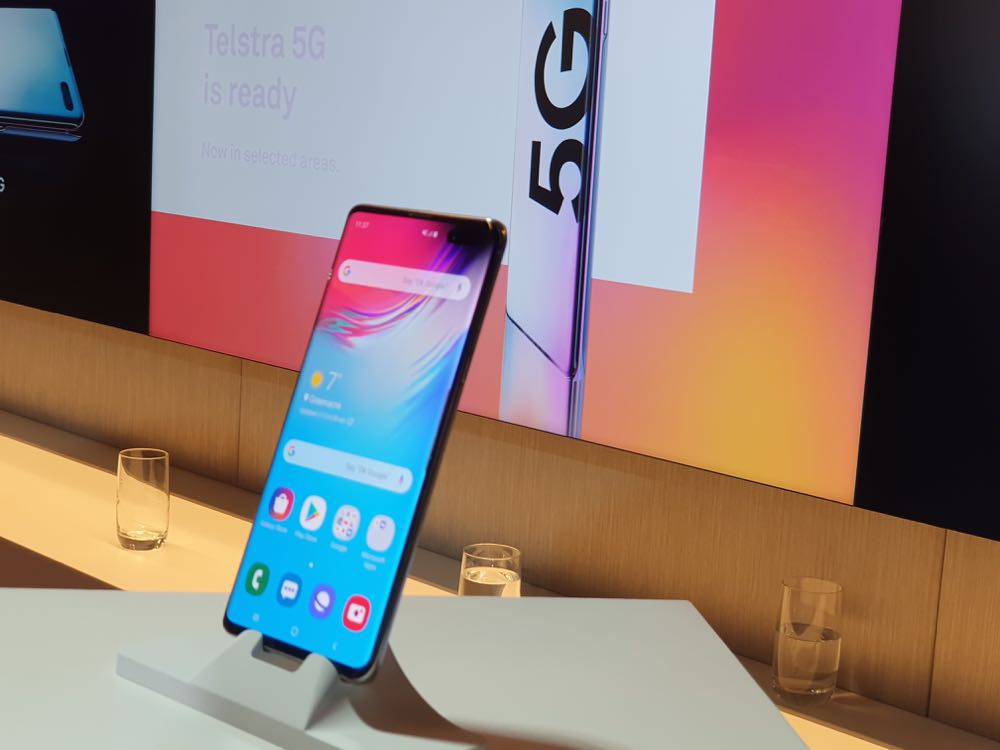 Telstra performs blazing 5G speed test on the new Samsung