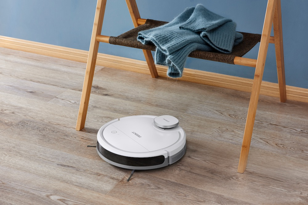 Deebot Ozmo 900 Robot Vacuum Will Be Offered At Aldi For