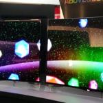LG and Samsung surprise CES crowds with curved OLED TV screens