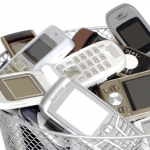 Australians hanging on to old mobiles instead of recycling