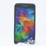 Samsung Galaxy S5 takes ice bucket challenge, nominates Apple and HTC
